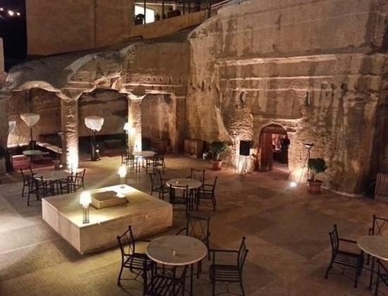 cavebar